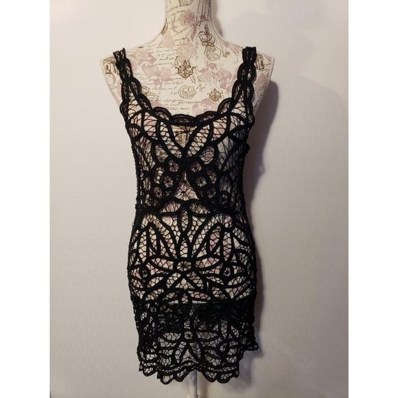 Free People Tops - Free People black lace sleeveless tunic